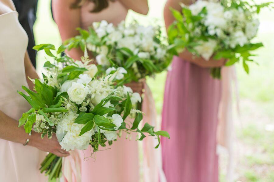 True Event- Wedding Wednesdays- Lizzy & Scott- Ocean House- Hana Floral Design- Bouquets - Leila Brewster Photography- Massachusetts Wedding Planner