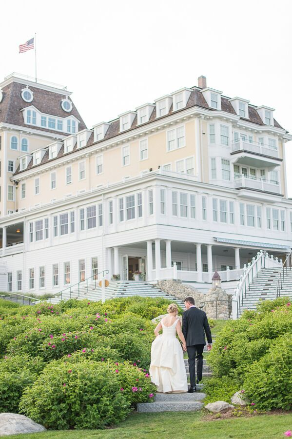 True Event- Wedding Wednesdays- Lizzy & Scott- Ocean House- Photo by Leila Brewster Photography