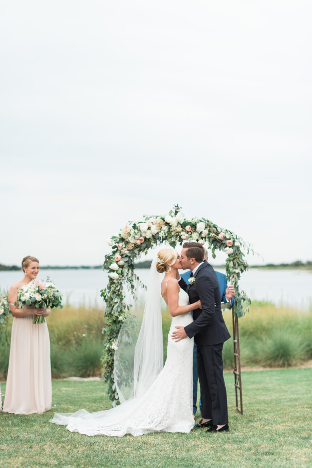 weekapaug_inn_wedding_photos_leila_brewster_photography_0403
